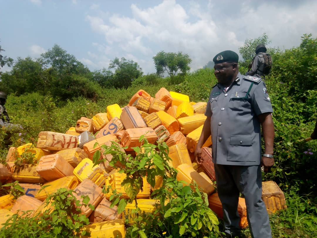 Ogun Customs uncovers illegal oil bunkering, seizes N2.5m fake notes