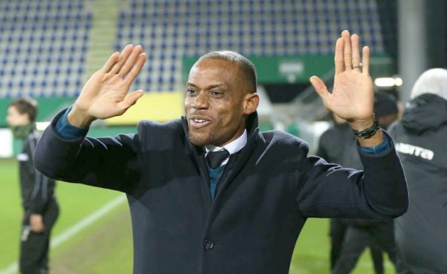 Oliseh rejects Waasland Beveren offer