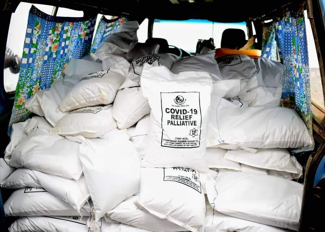 Covid-19: FCMB Founder, Balogun Distributes Food Items To Less- Privileged People, Others In Ogun